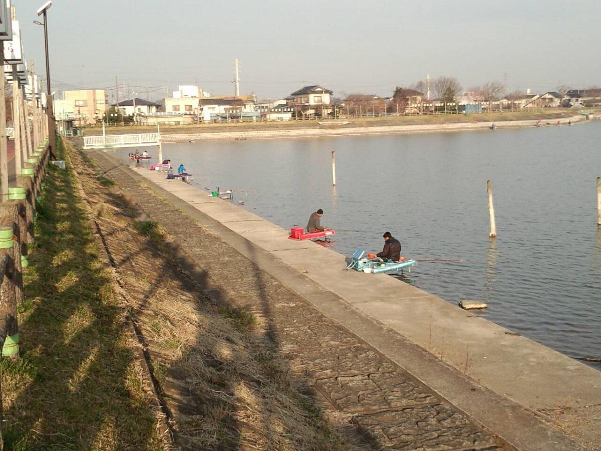 釣りの名所「砂沼」