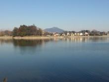 砂沼から見た筑波山